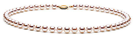 The other important pearl jewelry selection criterion is matching of quality and sizes of pearls in a strand.